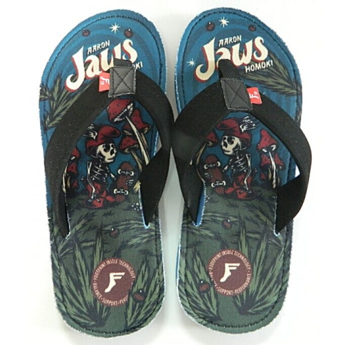 footprint-jaws-sandals